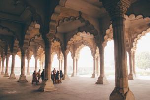 India: Triángulo dorado con Khajuraho y Varanasi