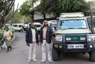 """De safari por Kenia en busca de los """"Cinco Grandes"""""""