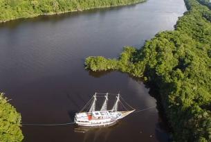Fin de año en velero lujoso en el Amazonas
