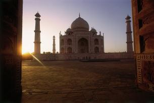 Norte de la India en grupo (con Delhi, Jaipur, Agra, Khajuraho, Benarés y más)