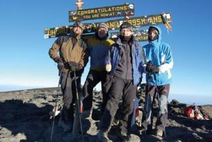 Ascensión al Kilimanjaro por la ruta Marangú