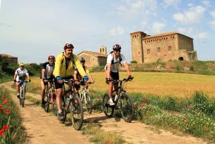 Viaje en Bicicleta, La Segarra, pedaleando entre castillos