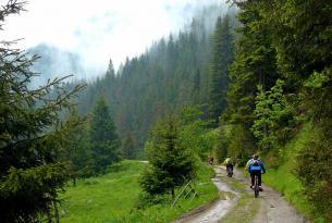 Viaje en bicicleta. MTB por la sierra de Ródope (Bulgaria) y Sofía.