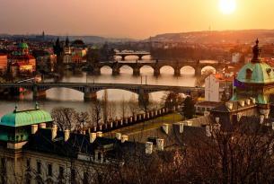 Escapada a Praga y Budapest en hoteles de 4* y tren entre ciudades.