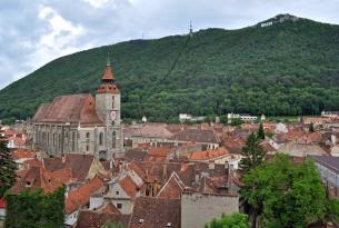 Bucarest con Transilvania y los Monasterios pintados de Bucovina