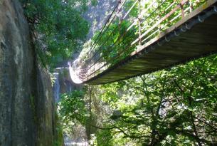 Puente de Reyes senderismo en grupo: las Alpujarras granadinas y Costa Tropical