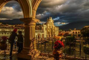 Ciudades antiguas y naturaleza salvaje en Guatemala