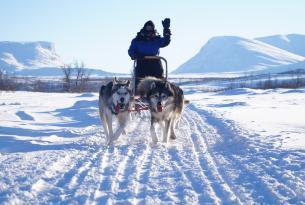 Fin de año en Lofoten (Noruega): auroras boreales y trineo de perros. 7 días
