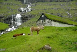 Las Islas Feroe en invierno a tu aire en coche de alquiler