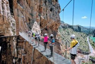 Senderismo en Málaga: Caminito del Rey, Torcal de Antequera, Sierra Blanca de Ojen y Mijas