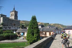 Camino de Santiago en bici: entrada a Galicia de Vilafranca del Bierzo a Santiago de Compostela (Auto Guiado - Básico)