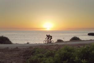 En bicicleta por Mallorca de Costa a Costa, de Pollença a la Colonia Sant Jordi (Auto Guiado)