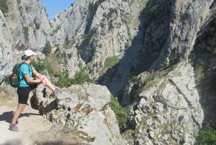 Senderismo en los Picos de Europa: Parque Nacional de Covadonga.