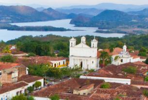 Fin de año en Centroamérica (El Salvador y Honduras)