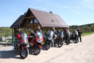 Viaje en moto Lituania  Trail Honda Transalp 700 cc