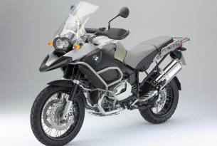 Viaje en moto BMW por el Sudáfrica, a tu aire con moto de alquiler