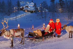 Puente de la Inmaculada en Laponia con motos de nieve, paseos en trineo y casa de Papá Noel