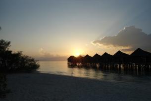 Viaje a Maldivas en Kanuhura Beach Villa