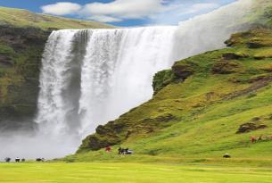 Islandia en grupo: descubre la tierra del hielo y el fuego