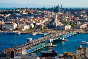 Capitales del Egeo en grupo: Grecia, Turquía y Bulgaria