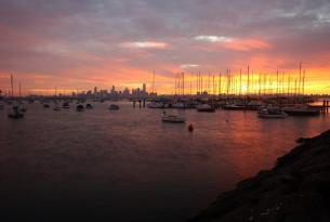 Ciudades de Australia en grupo: Sidney, Cairns y Melbourne