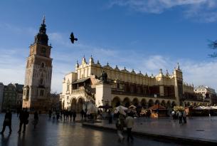 Polonia: Cracovia especial Semana Santa con visita panorámica de la ciudad (salidas desde Valencia)