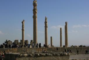 Puente diciembre en Irán