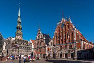 Tour por Estocolmo, los Países Bálticos y Helsinki en grupo