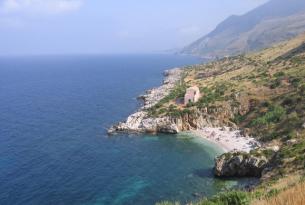 Circuito de la Sicilia mágica en grupo en Semana Santa (salida desde Catania)