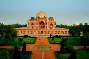 El Triángulo de Oro + Orchha - Khajurajo y Varanasi